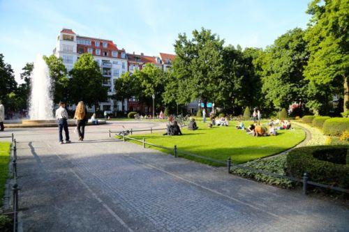 Serene Victoria-Louise Platz